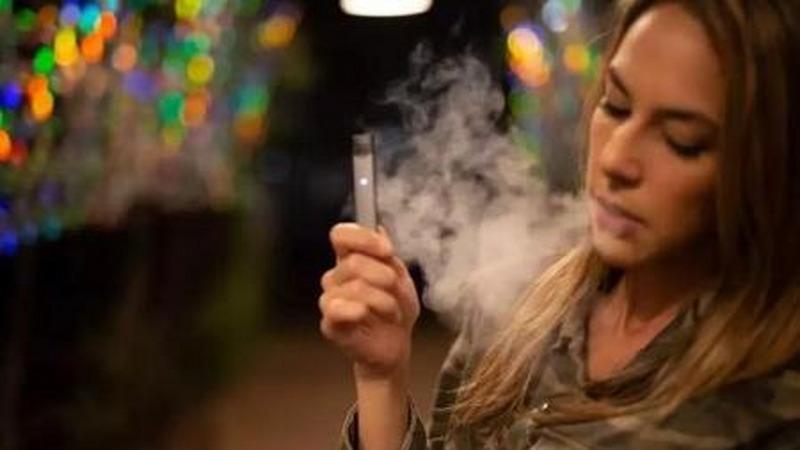 """电子烟产业""""大清洗""""前夜:美出现近500例肺病,至少6人死亡的头图"""