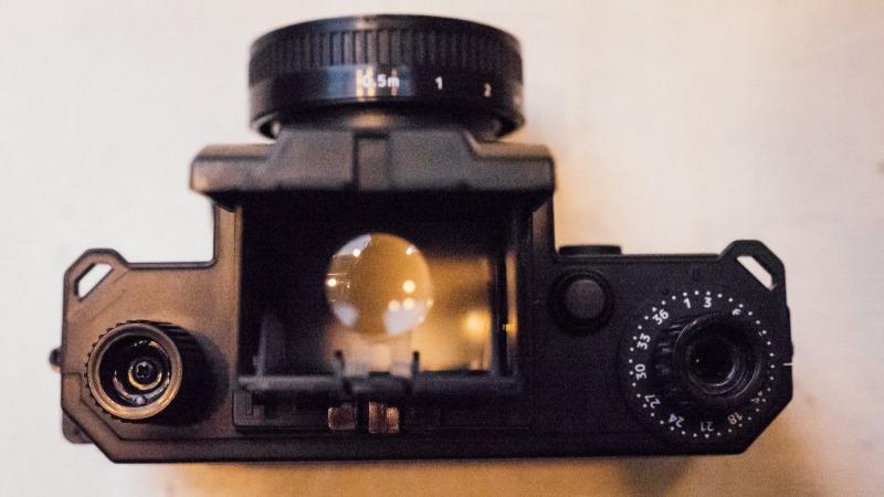 单反相机――能证明什么?