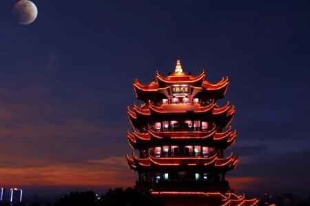 """光影秀案例欣赏 黄鹤楼光影秀""""夜上黄鹤楼""""(图3)"""