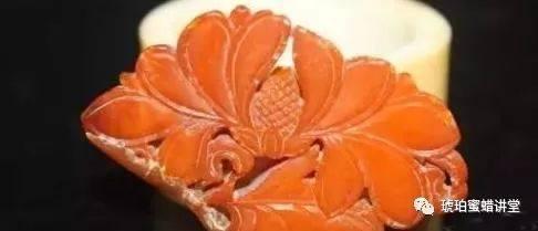 蜜蜡原石都有裂!为何你看到的那些蜜蜡成品极少有裂?