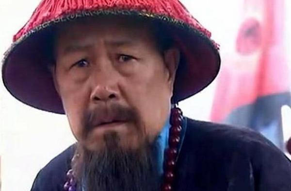 曾国藩曾祖下葬后下了场怪雨,为何风水先生直呼他们家要发家致富了?