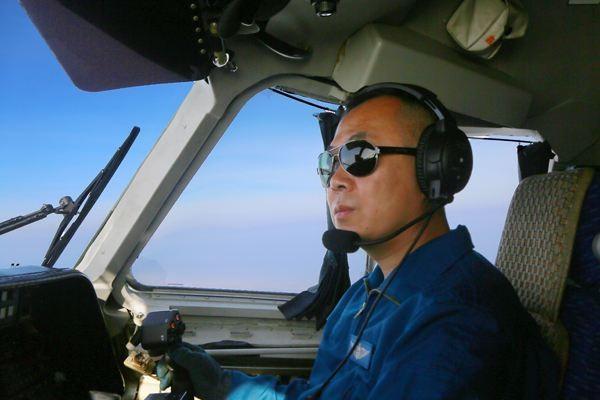 飞行员为什么万里挑一?