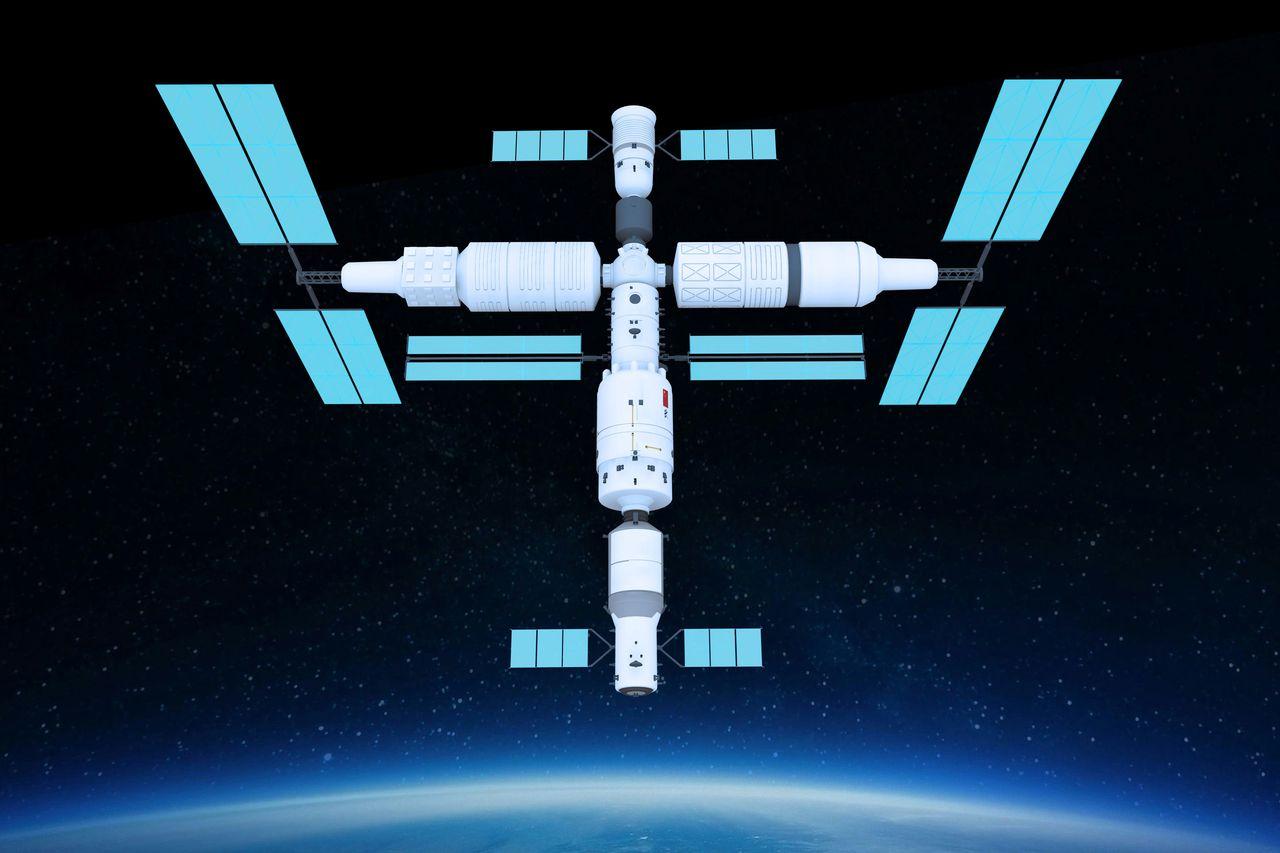 宇航员被迫睡在一起,美媒:垃圾堆!中国空间站像苹果专卖店