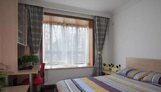 挂窗帘千万不要装罗马杆了,越来越多人装这种,聪明人挂窗帘都是怎么挂的?