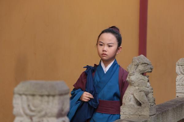 白素贞为报恩,其实有很多方法,为什么一定要嫁给许仙?