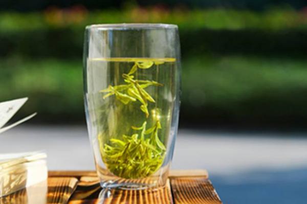龙井茶如何成为公认的中国名茶之首?
