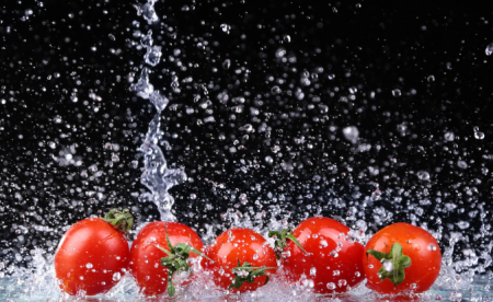 西红柿生吃还是熟吃?想获得更多的番茄红素,应该怎么吃?