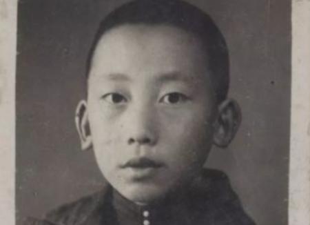 1946年,毛主席侄子失踪,38年后陕西农民挖出白骨揭开真相
