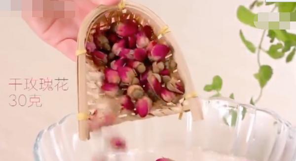 纯露怎么加工变成乳液 玫瑰纯露怎么做