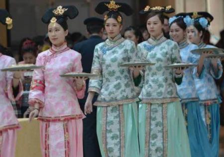 溥儀有7個妹妹,個個貌美如花,清朝滅亡後,她們都去了哪裏?