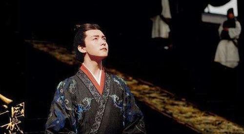 「东汉最初的皇帝是谁」历史东汉王朝 最初是谁创立的?