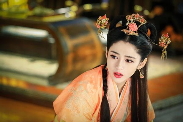 历史上,我国最完美的女人,一代佳人班婕妤是个怎样的女子?: