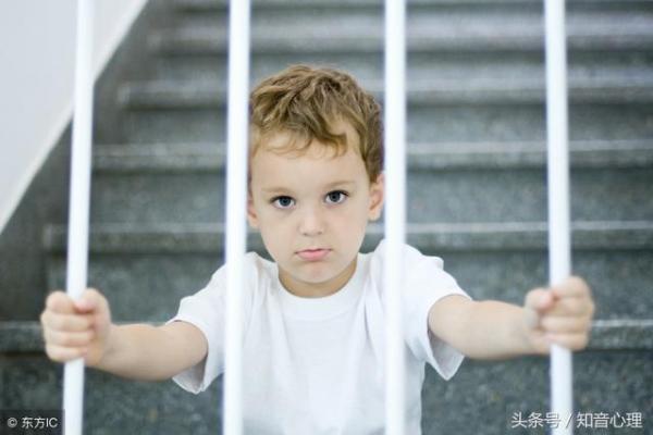 孩子进入青春叛逆期,总是不听话、和家长对着干,怎么办?