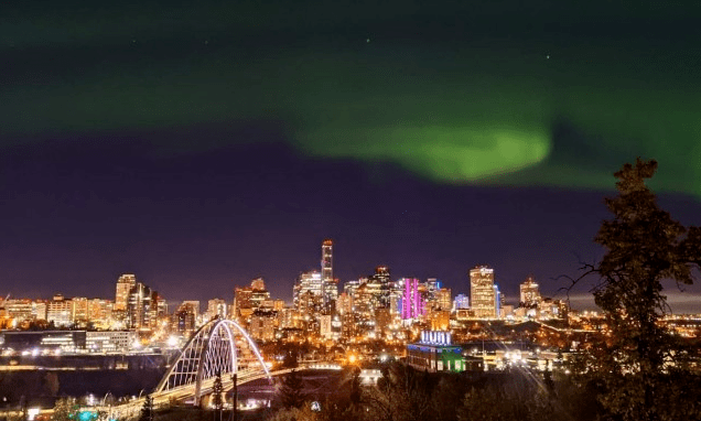 太阳耀斑致加拿大南部出现极光?我国首个太阳探测器与之有关?