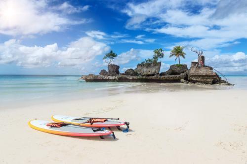 长滩岛旅游攻略,菲律宾长滩岛旅游安全吗?那里好吗?去过的朋友指点一下哦