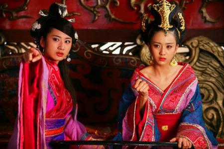 让汉成帝神魂颠倒的赵飞燕、赵合德姐妹,最后为什么要双双自杀?