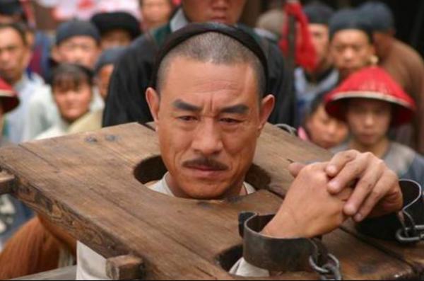 """雍正王朝中,秋月临死时为什么要对雍正说""""告诉邬先生,我要走了""""?"""