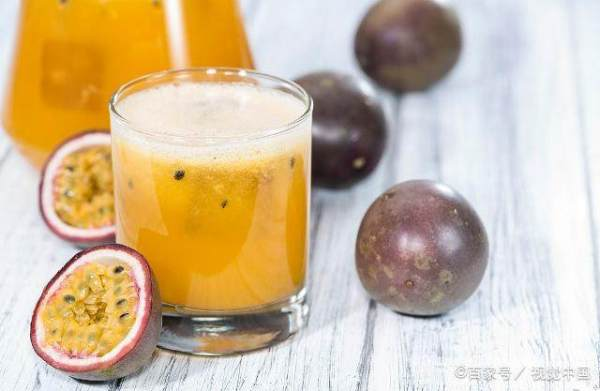 """百香果是水果中的""""药王"""",有哪些功效、什么人不能吃,你知道吗?"""