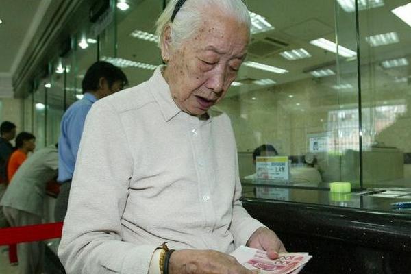 女性55岁没有选择退休,那只能60岁退休了吗?