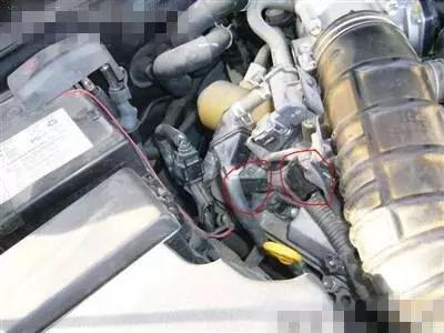 换完机油为什么发动机声音变大呢?