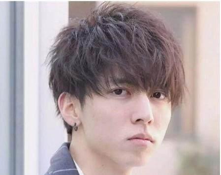 健康烫发和普通烫头发#韩式最新美甲图片:韩式烫发和普通烫发有什么区别?