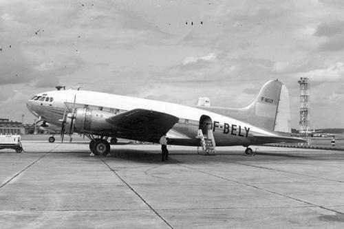 美国飞机失踪35年后突然降落机场,真有时光隧道吗?