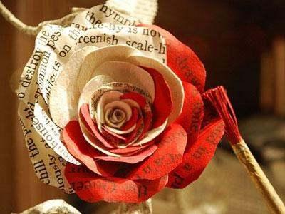 """张爱玲的""""红玫瑰与白玫瑰""""那本书主要讲什么内容?"""