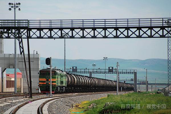 「火车神秘失踪」神奇!俄罗斯火车40年前神秘失踪,却在前几年出现,真的存在时间隧道吗?