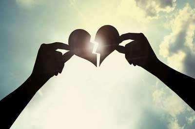 对初恋有很深的依恋,怎样做才能忘掉初恋?