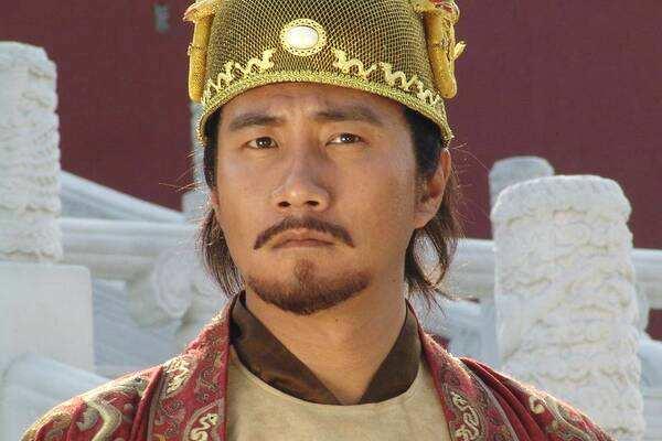 「尚方宝剑里是哪个皇帝」历史上存不存在尚方宝剑 尚方宝剑出现在哪个朝代 是谁用尚方宝剑杀了皇帝呢