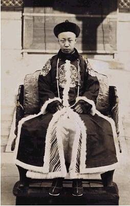 「清朝的末代皇帝」清朝末代皇帝在位多少年