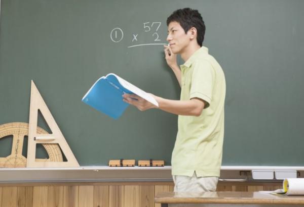 骨干教师申报材料,教师如何评职称