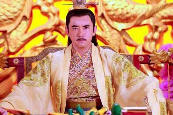 「历史上那些偷情的皇后」历史上背着皇帝与情人偷情的皇后有哪些