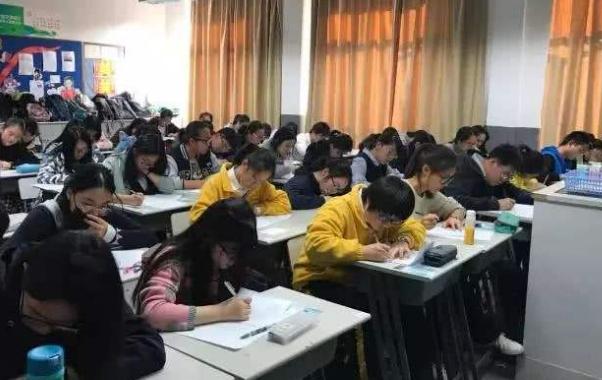 2020上海中考未达民办高中也要这个分数线?