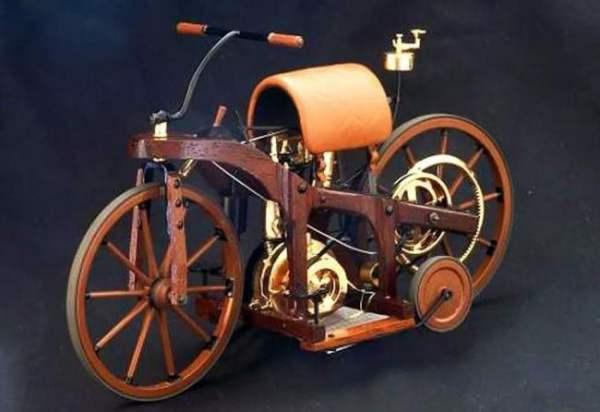 青山纸业股吧;为什么叫摩托车?