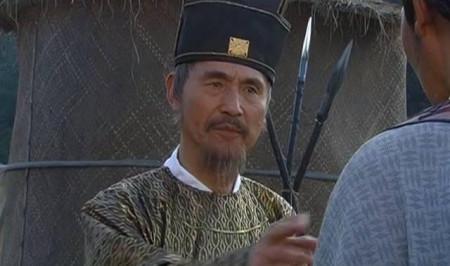 """大臣穿破了衣服也不换,朱元璋直夸是清官,刘伯温却说""""此人留不得!""""为什么?"""