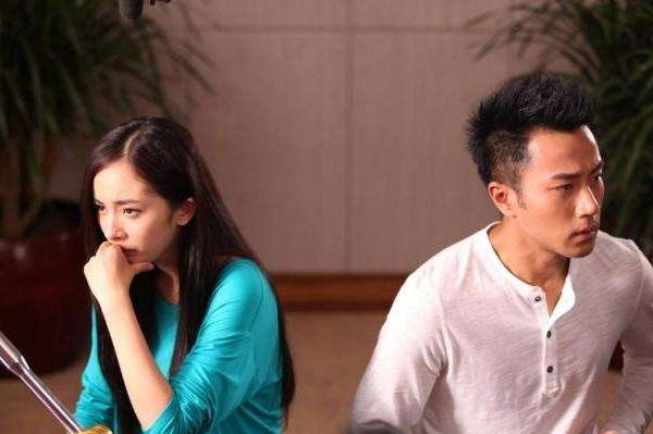 杨幂被爆出绯闻男友,却被骂上热搜,难道离过婚就不配再拥有爱情?