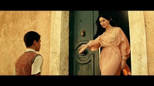 《西西里的美丽传说》里男主对玛琳娜到底是一种怎样的感情?