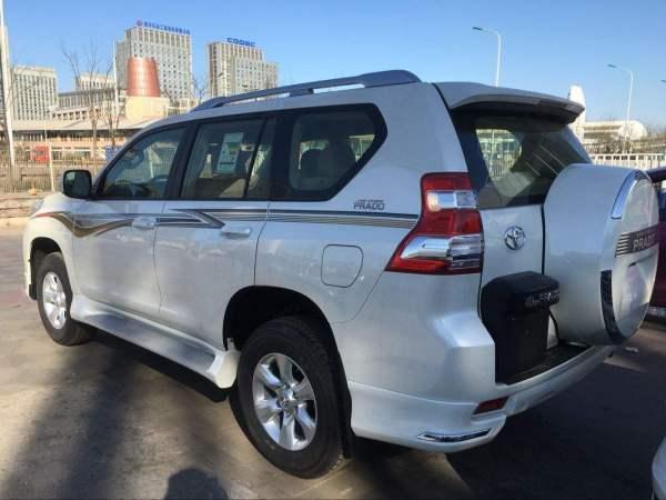 丰田陆巡和霸道有什么区别,两款车的报价多少?