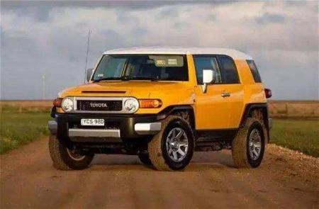 丰田FJ酷路泽车怎么样?我想买一辆