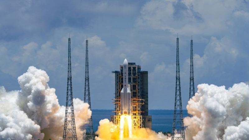 美国俄罗斯都不敢尝试!为什么说中国嫦娥五号,挑战的是地狱难度?