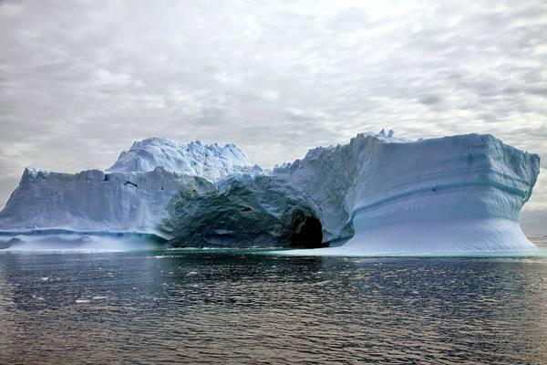 丹麦科学家在格陵兰岛钻探一道冰川时真的遇到了千年人体复活吗?