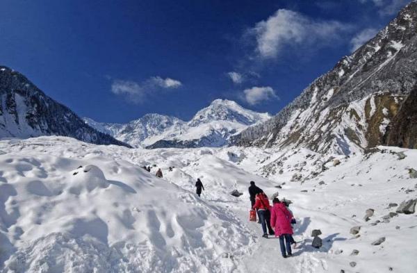 珠峰上的睡美人冰封9年,为何至今无人敢动它?