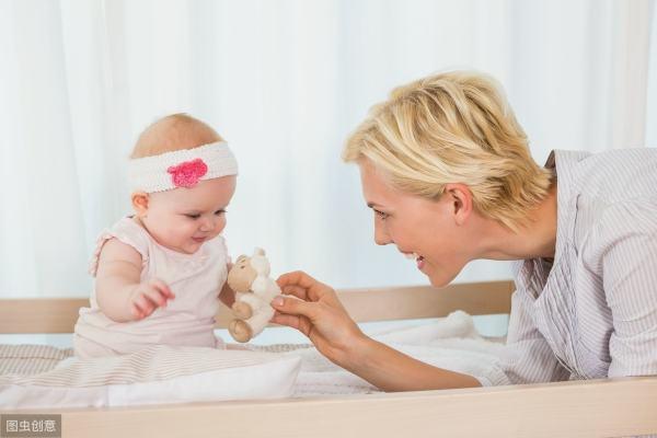 宝妈带孩子可以参加什么工作(孩子一岁前,宝妈应该怎么跟他互动呢?)