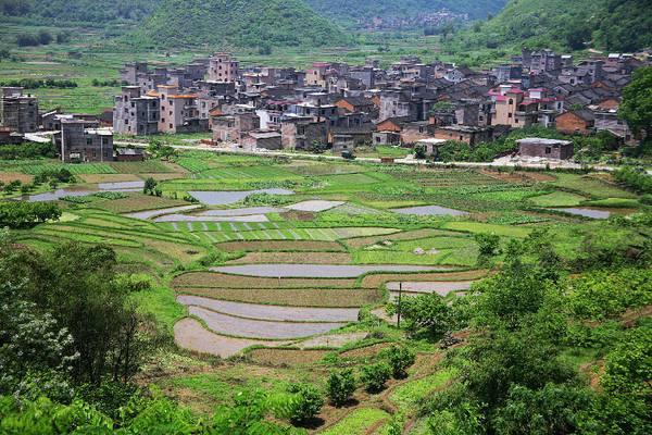 城市户口的人有什么办法可以在农村批地基吗?