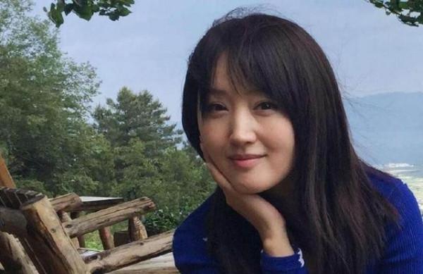 """拥有""""玉女""""之称的杨钰莹,一直未婚的原因究竟是什么?"""