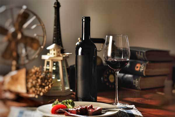 葡萄酒为什么要卧放?