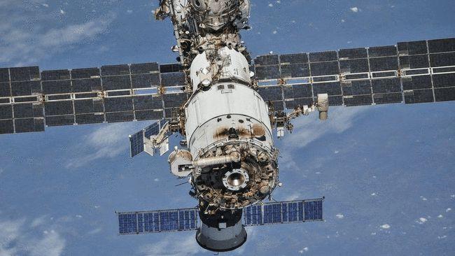 国际空间站祸事连连!舱内出现烟雾和塑料烧焦的气味,会爆炸吗?