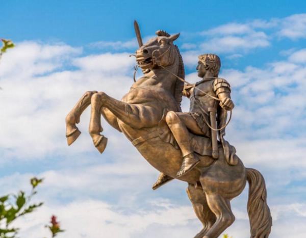 「历史上最著名的皇帝」世界历史上最著名的十大帝王都有谁