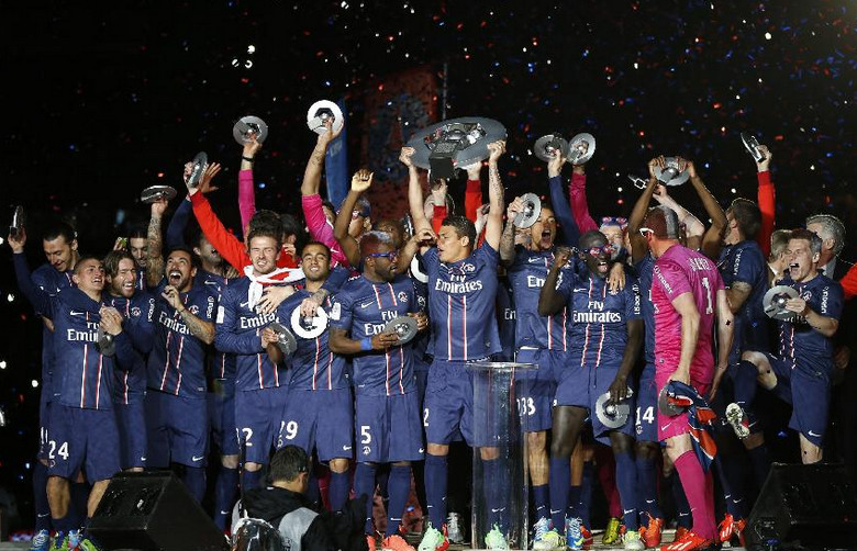 法国足球甲级联赛连续夺冠次数最多